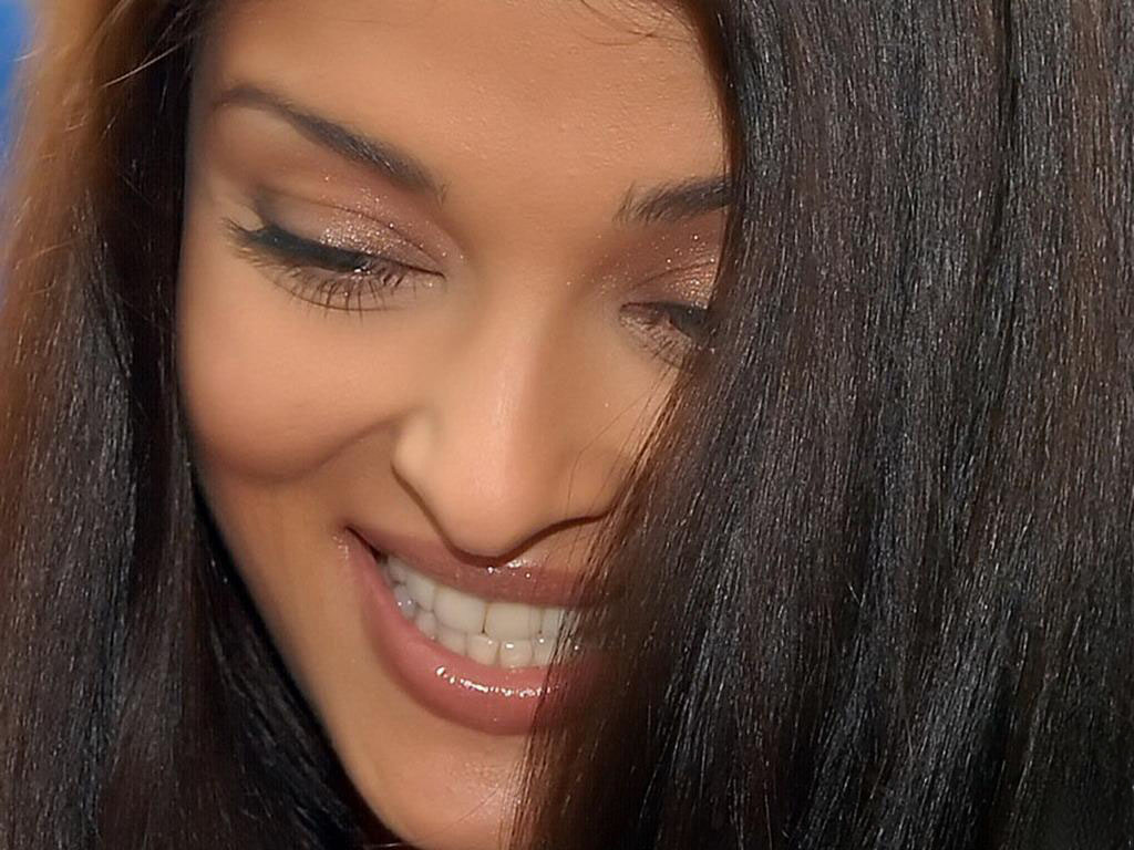 aishwarya rai , persian , free weblog,ziba , zibayi , girl , picture , photo , beauty , beautifull  women , dokhtar , zan ,zen , Best , world beauti , Iran , Irani , عکس زیباترین دختردنیا, عکس زن زیبا